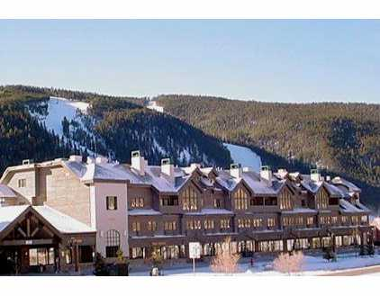 The Gateway Building - 4br 4ba Keystone Condo Rental by Owner Vacation Rentals at The Gateway Mountain Lodge in River Run at the Keystone Resort, Colorado, Summit County Lodging. Highway 6.  Discounts available.